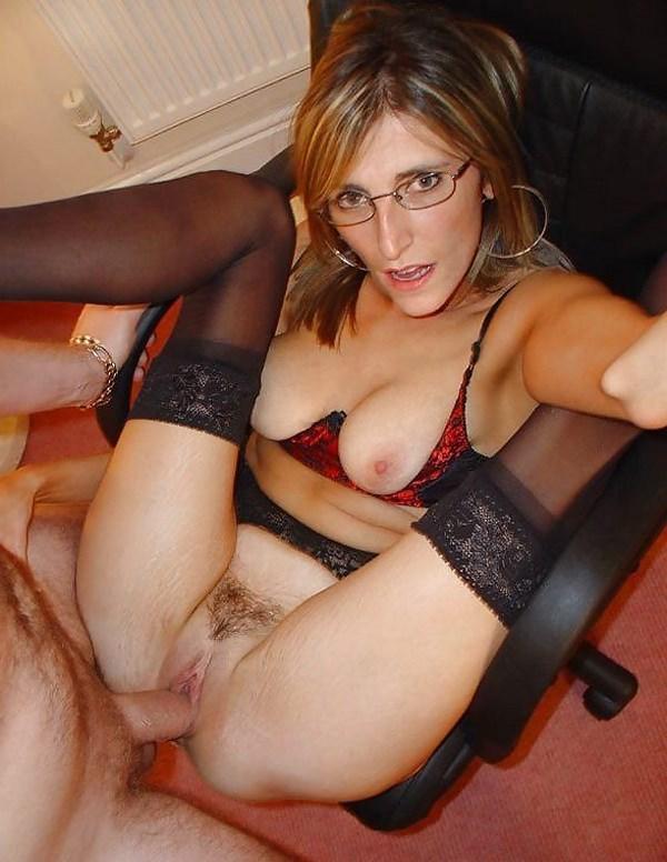 Tchat webcam avec une secrétaire salope